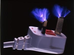 ¿Qué herramientas utilizan los electricistas?