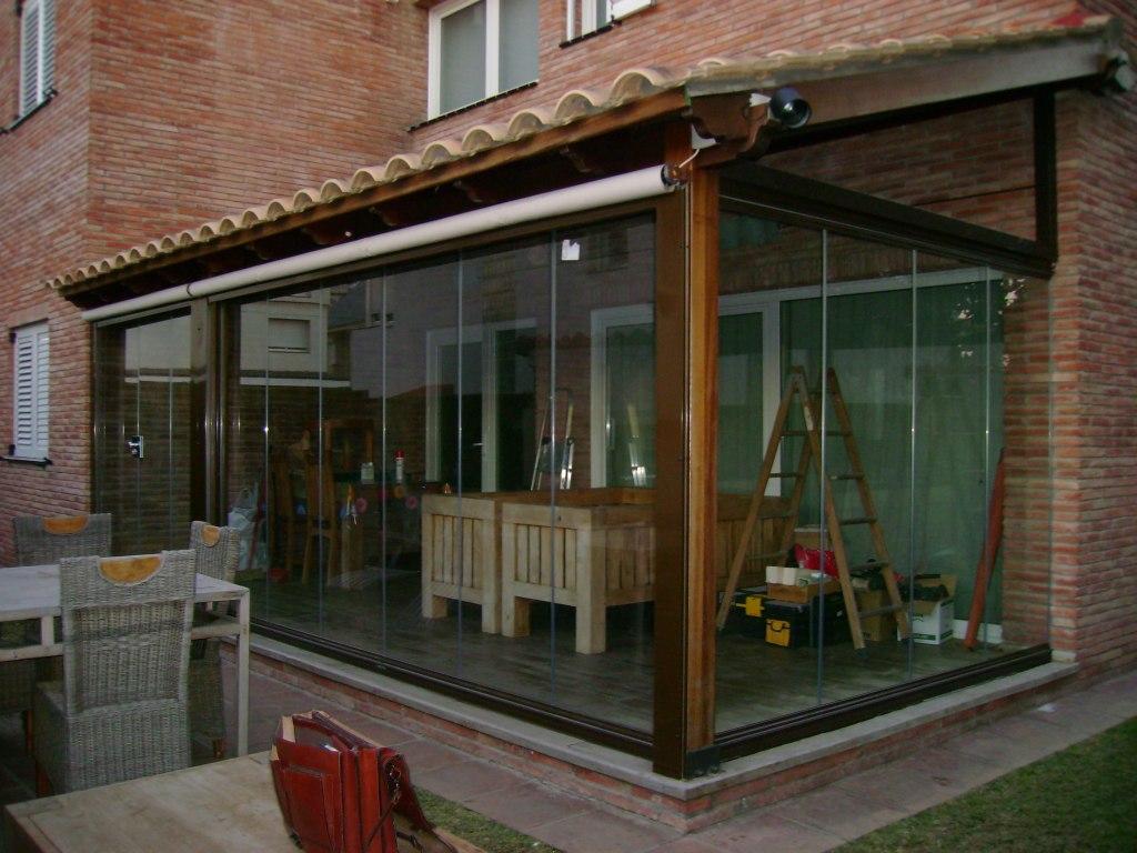 Cerramientos de terrazas en viviendas de alicante for Cubiertas acristaladas